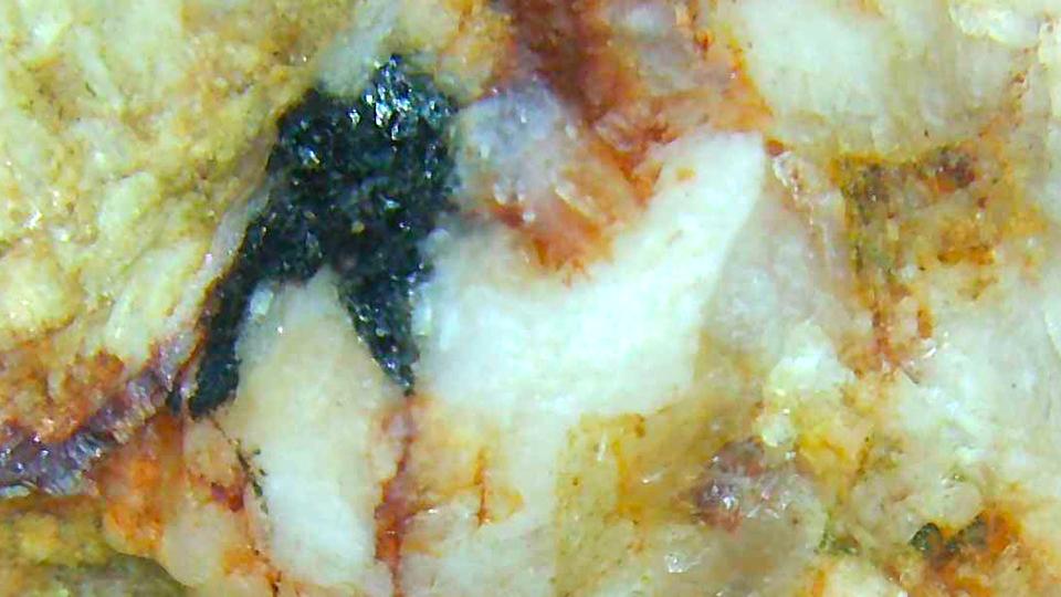 生ましい花崗岩の拡大写真